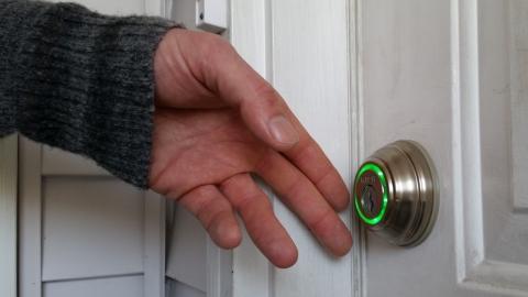 Can Smart Door Locks be Hacked Picture